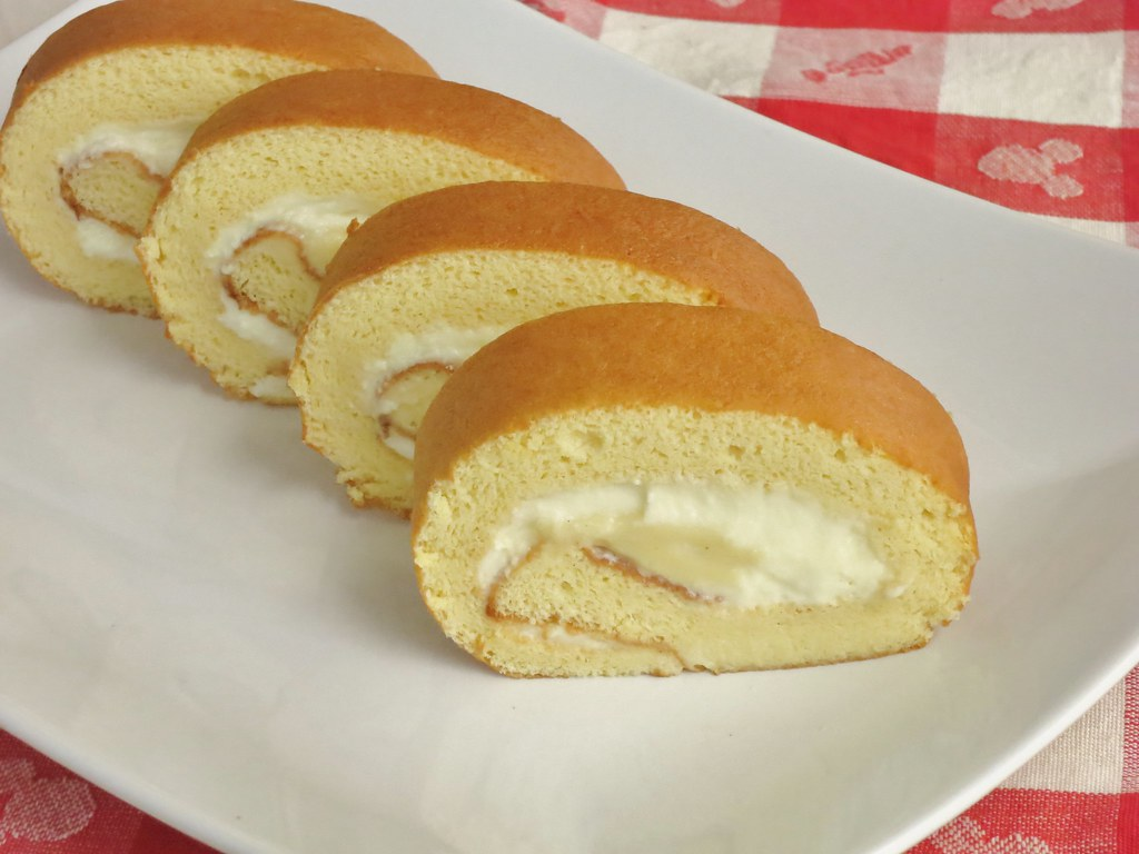honey soufflé roll cake