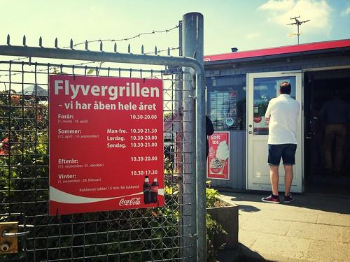 Flyvergrillen Öffnungszeiten
