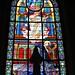 2 - La Rochelle Cathédrale Saint-Louis Chapelle du Sacré-Coeur Vitrail d'Antoine Lusson, Apparition du Sacré-Coeur à sainte Marguerite-Marie Alacoque ©melina1965