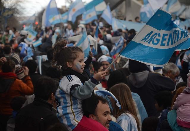 ROCA FESTEJOS ARGENTINA SEMIFINALES RN 03