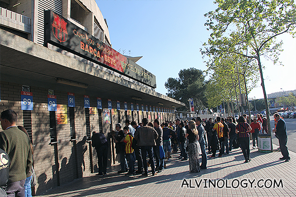 Fans queuing to buy tickets