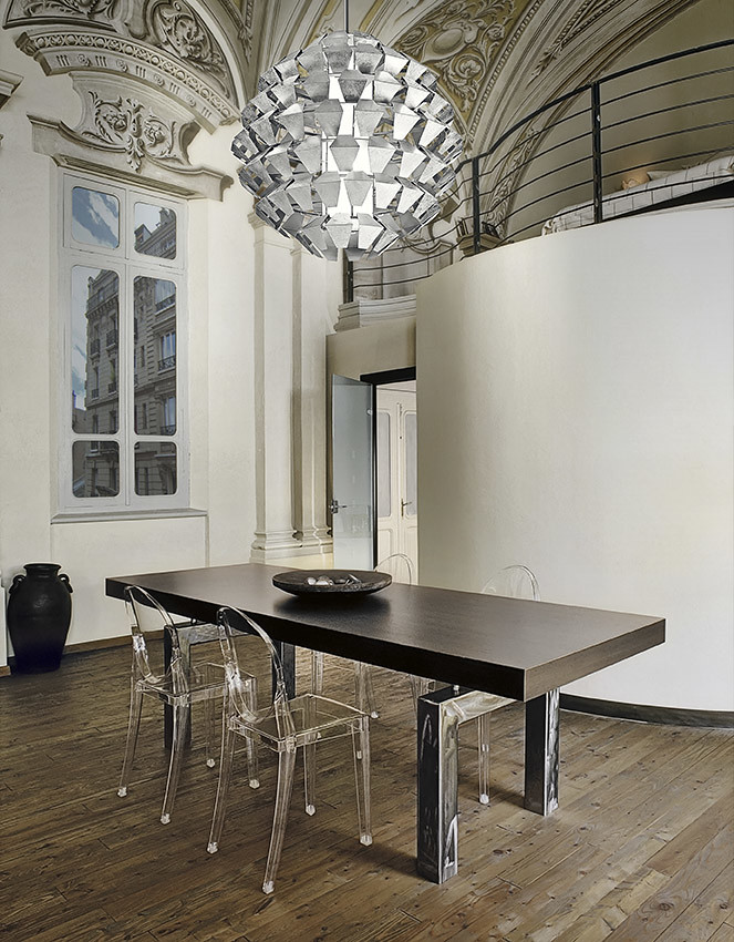 Tavolo In Plastica Con Sedie.Tavolo Da Pranzo Moderno Con Sedie Di Plastica Trasparente Flickr