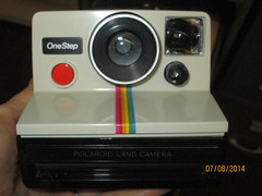 digital camera(0.0), cameras & optics(1.0), camera(1.0), multimedia(1.0), instant camera(1.0),