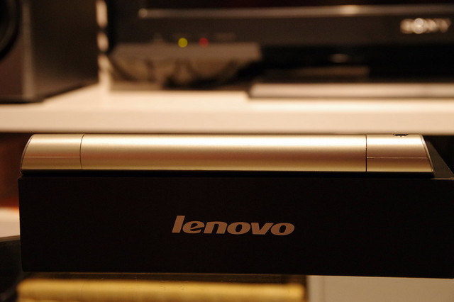 Lenovo YOGA TABLET 8_008