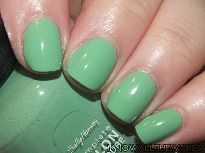 SALLY HANSEN complete salon manicure runway trends 2014 (7)
