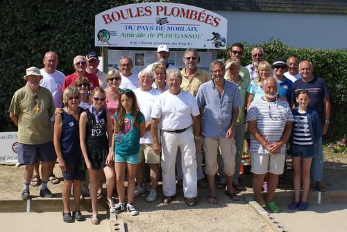Les participants de la troisième séance d'initiation aux boules plombées à Primel Trégastel (Plougasnou) le 23/07/2014