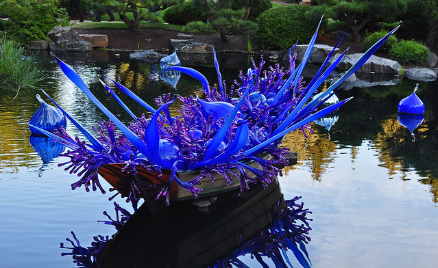 Chihuly 'Blue and Purple Boat' (13)