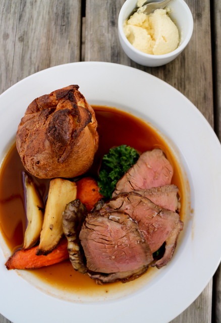 Roast Lunch at The Five Alls