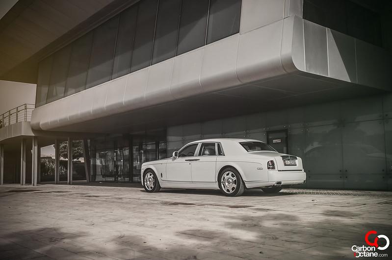 rollsroyce-phantom-feature-rear-side2
