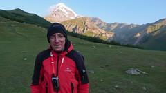 Ja, a za mna cel wyprawy - Kazbek 5043m.