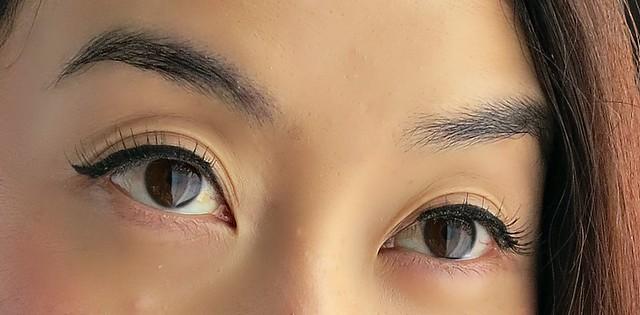 beauty-look-kiss-close-up