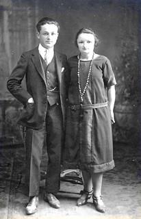 """juin 1925 """"Souvenirs affectueux de votre nièce et neveux"""""""