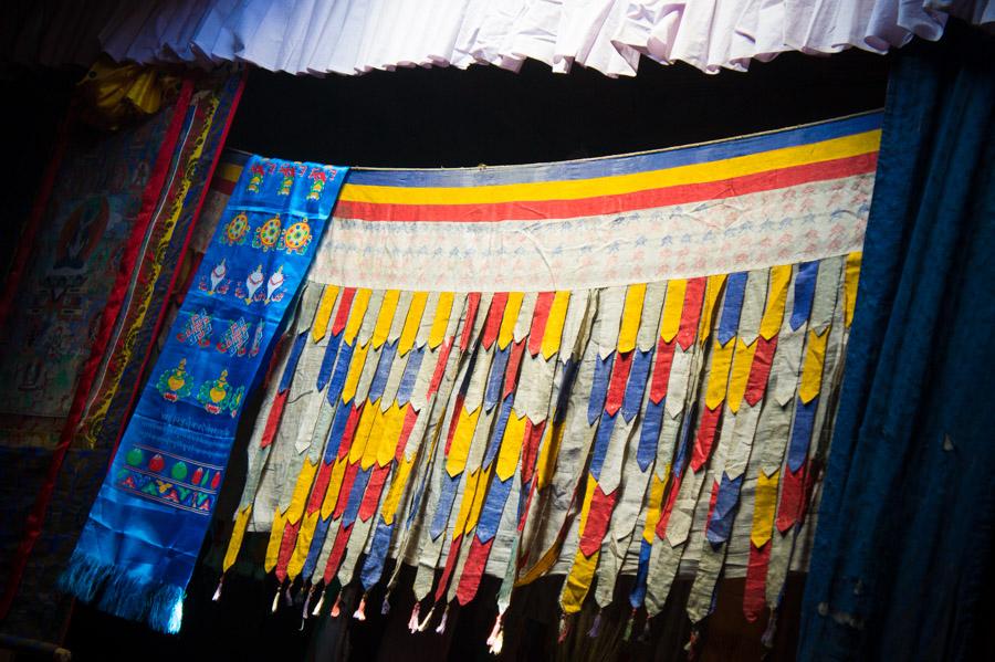 Молитвенный зал монастыря. Монастыри Ладакха (Монастыри малого Тибета) © Kartzon Dream - авторские путешествия, авторские туры в Ладакх, тревел фото, тревел видео, фототуры
