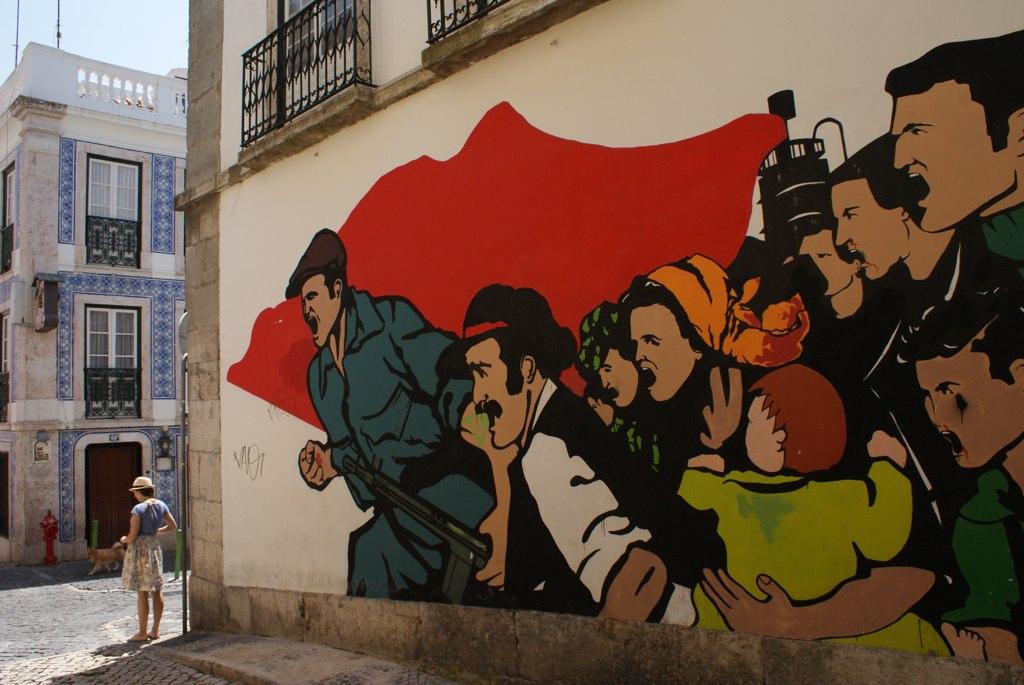 Street art dans le quartier de Bairro Alto à Lisbonne