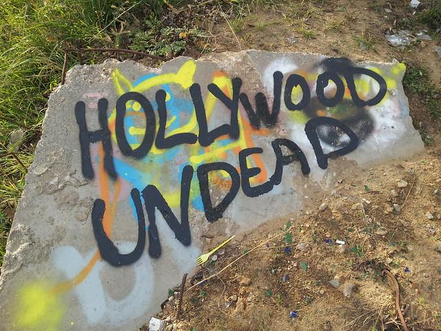 hollywood undead graffiti