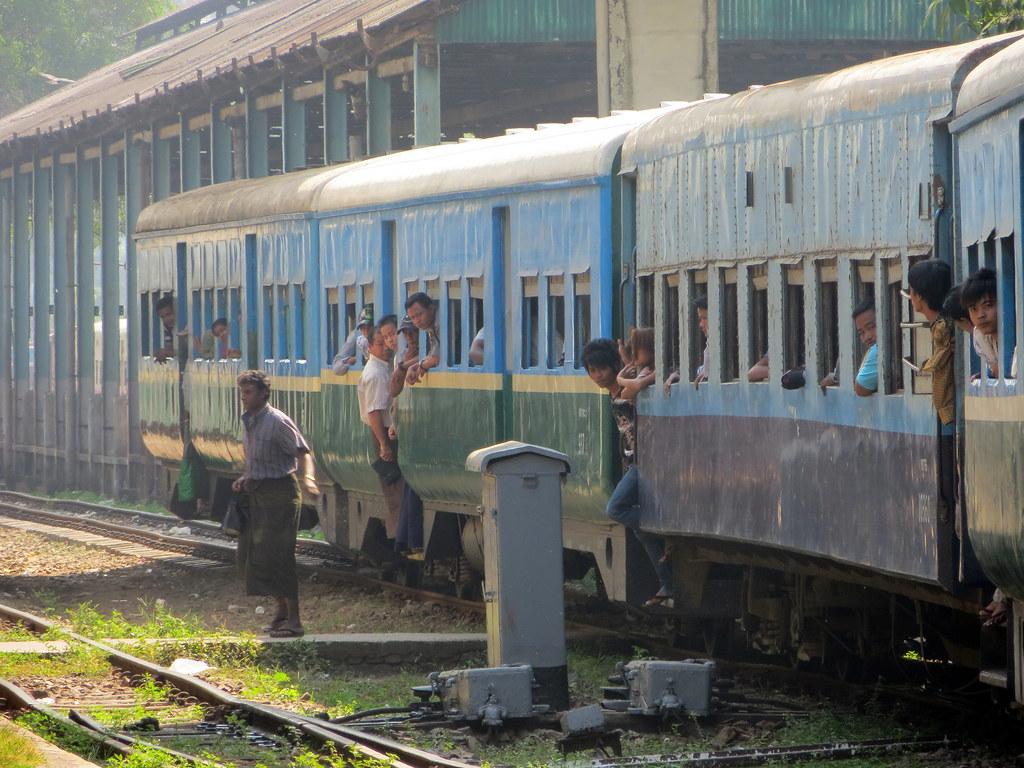 Bangkok ja Yangon 696