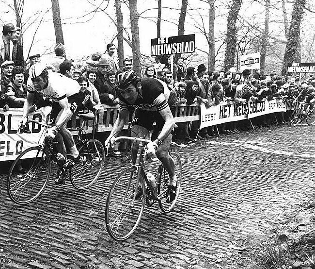 Su un muro delle Fiandre: Eddy Merckx e Frans Verbeeck
