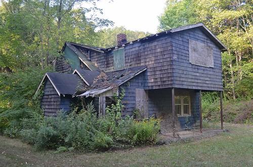house abandoned hewittnj passaiccountynj oncewashome