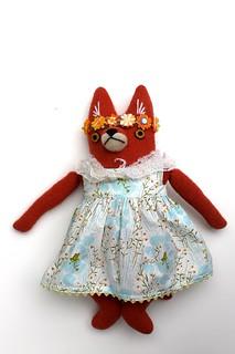 fox flower girl