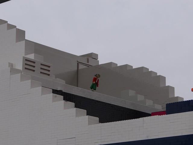 Największy statek z klocków Lego 9