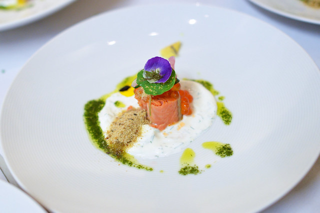 copper river salmon pickle broth, caviar, dill, sour cream