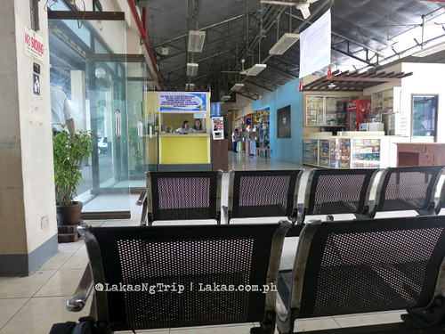 Inside the Integrated Bus and Jeep Terminal (IBJT) in Iligan City. I wish they have a shorter version of IBJT.