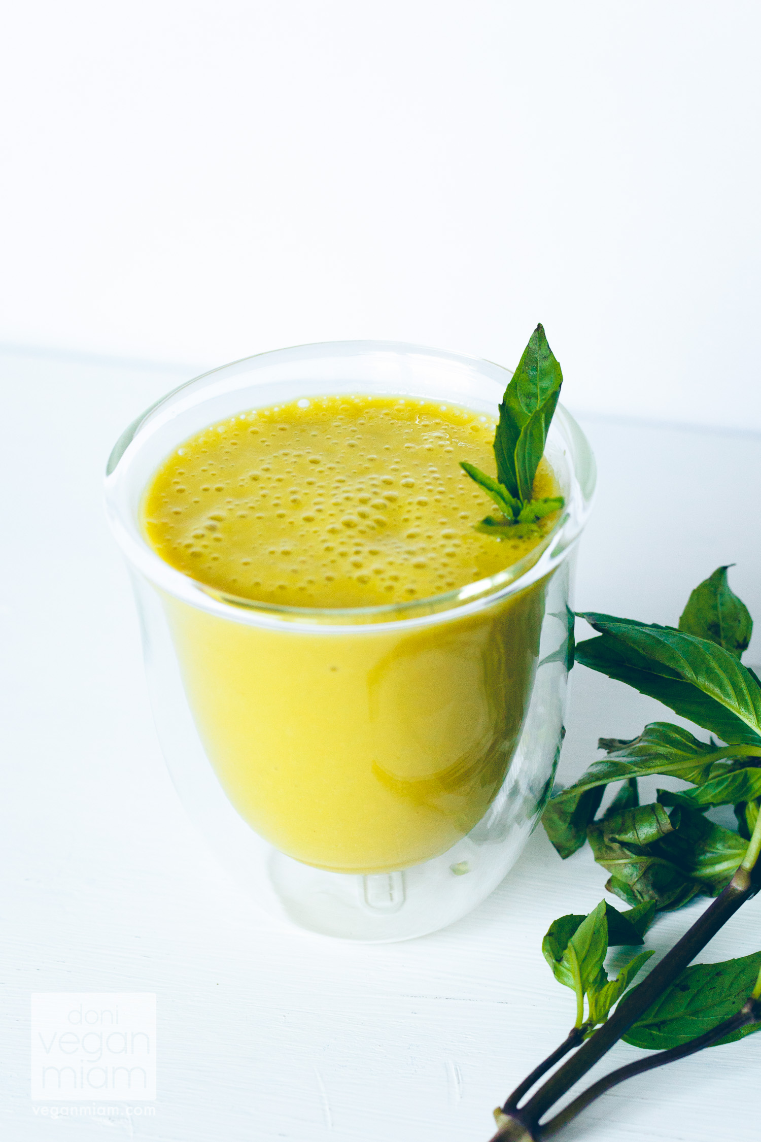 Mango & Thai Basil Smoothie