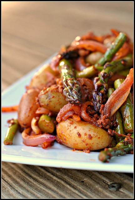 Smoky Potatoes with Asparagus and Chorizo 4