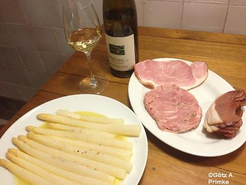 Spargel in Alufolie mit Schinken und 2011 Grüner Veltliner vom Weingut Norbert Bauer Mai_2014_06
