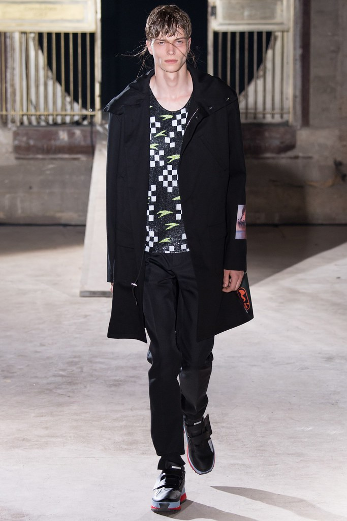 SS15 Paris Raf Simons034_Jake Love(VOGUE)