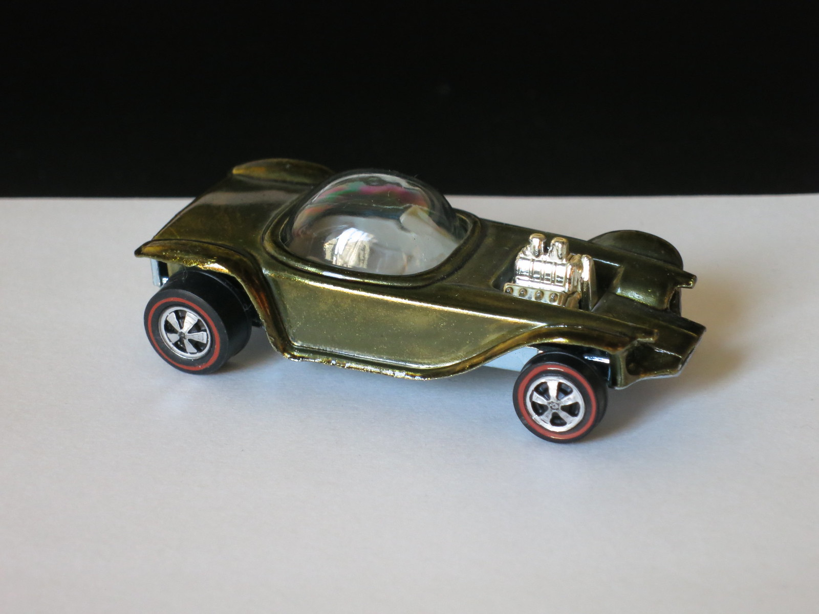 Hot Wheels Redline Olive Beanik Bandit US