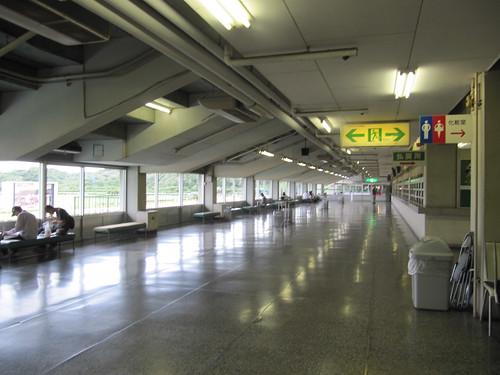 佐賀競馬場のスタンド2階