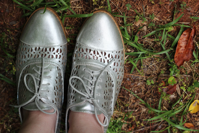 Silver Cutout Sam & Libby Oxford Shoes