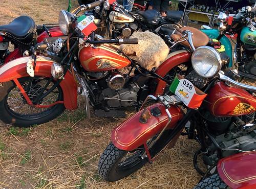 #Indian motoraduno antique #bikers