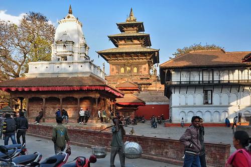 Nepal - Kathmandu - Durbar Square - Kakeshwar Temple (left) And Taleju Temple - 3