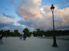 Big clouds over the Tuileries