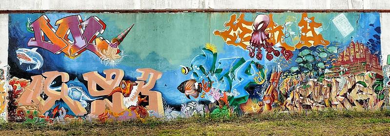 Evry Daily Photo - Fresque Murale - Courcouronnes - Le monde du silence
