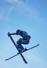 ski equipment, jumping, winter sport, freestyle skiing, ski, skiing, sports, extreme sport, blue,