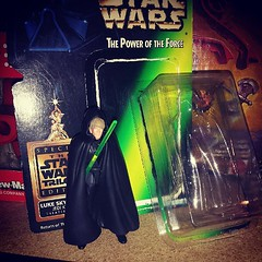 And then sometimes I get bored and open once rare figures. Oh for the days Theater Luke brought big bucks.