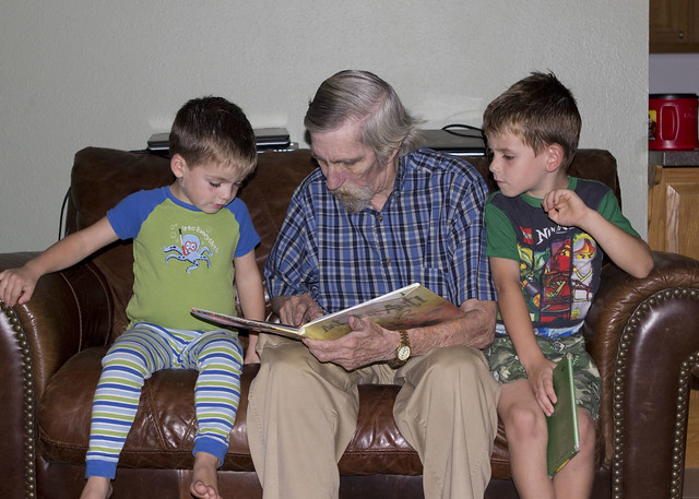readingwithgranddad_adollopofmylife