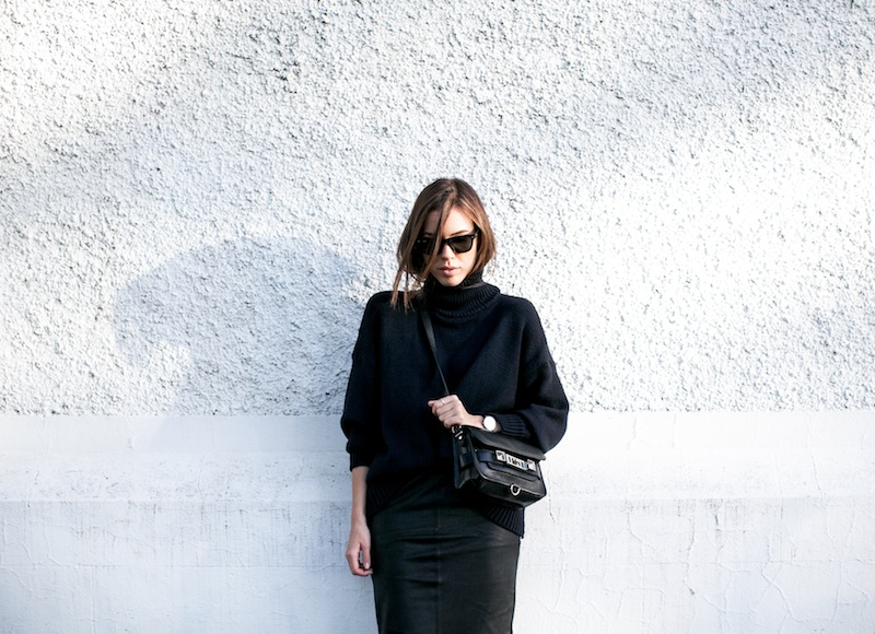 modern legacy blog kaity street style off duty minimalist ASOS leather pencil skirt Scanlan and Theofore chunky knit turtleneck sweater navy black Proenza Schouler PS11 Mini Classic satchel bag  (1 of 1)
