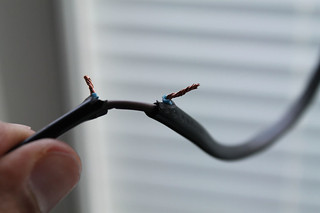 Step 3- Peel off the insulator from the broken wire