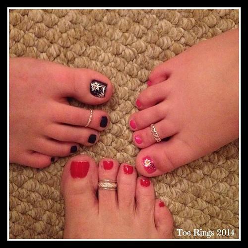 Girls Toe Rings