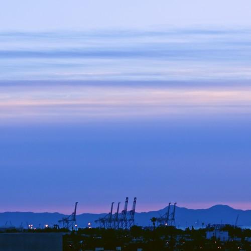 california clouds twilight cranes longbeach paloverdepeninsula sonynex5r 10025mctelerokkorpf