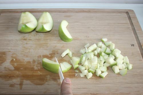 45 - Apfel würfeln / Dice apple