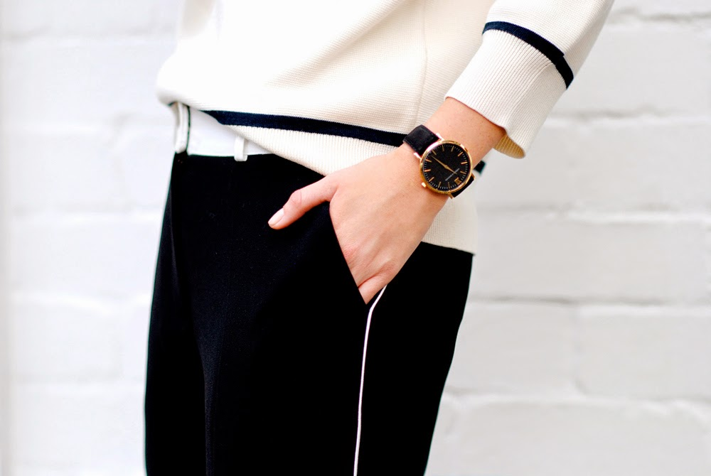 chronicles-of-her-monochrome-outfit-black-gold-watch
