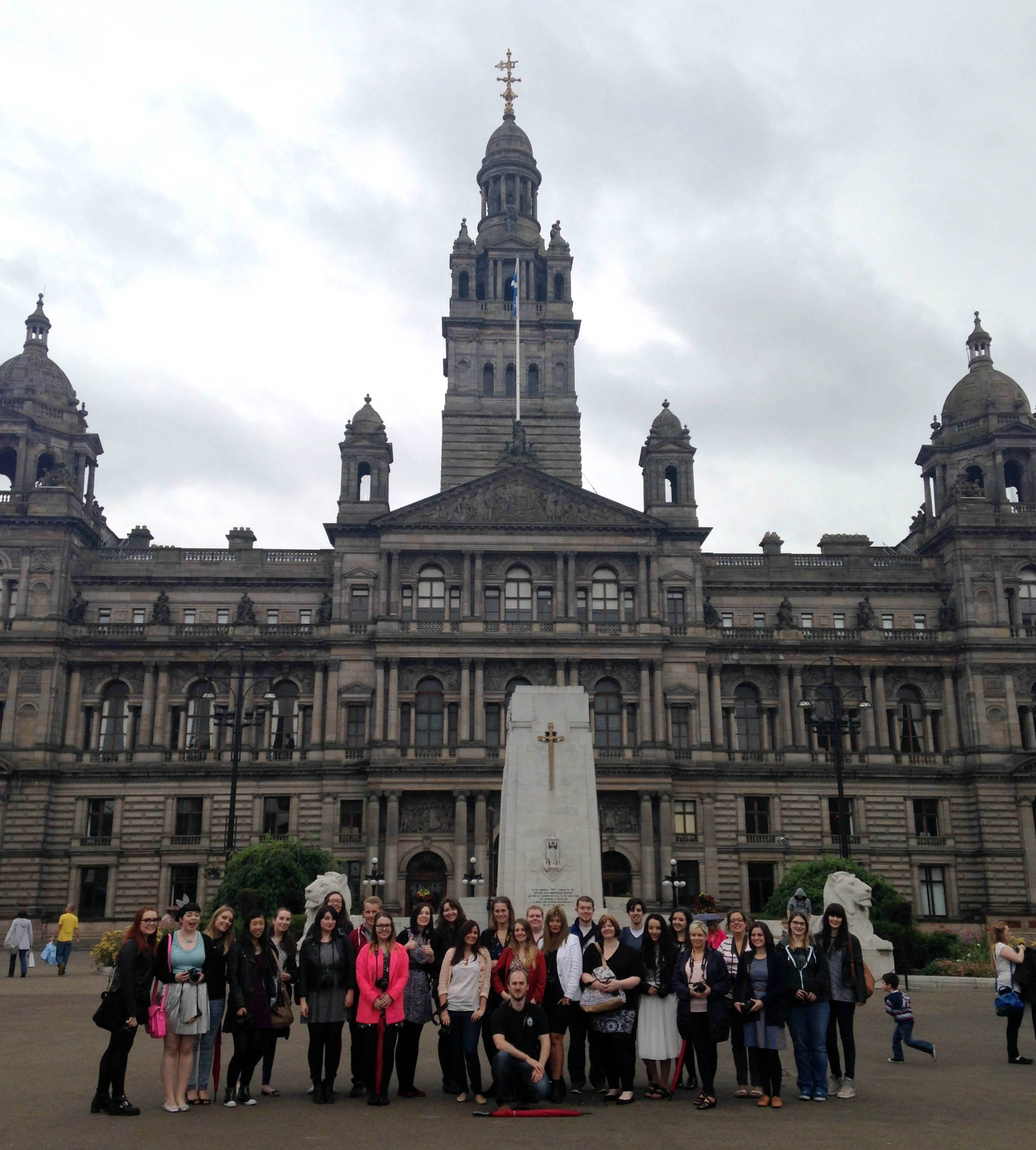 Scottish Bloggers at George Square, Glasgow. Courtesy of Joe Blogs.