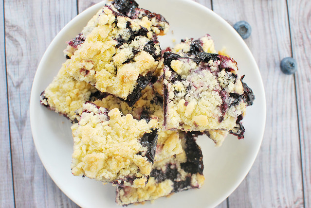 Blueberry Crumb Bars - fresh blueberry bars with a crumb topping. The perfect use for summer blueberries!