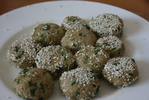 Falafel with sesame