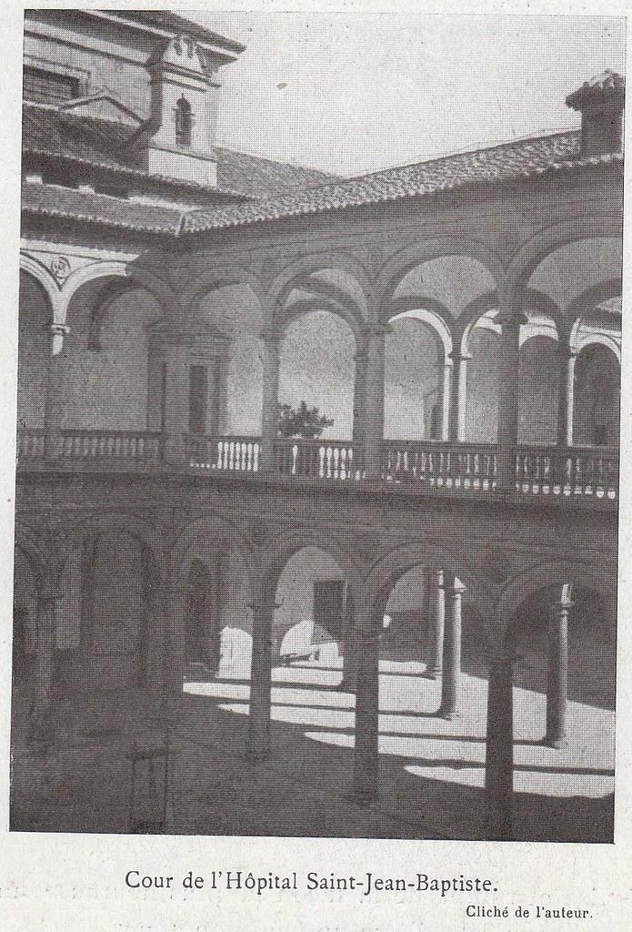 Patio de Tavera a comienzos del siglo XX. Fotografía de Élie Lambert publicada en su libro Les Villes d´Art Célebres: Tolède (1925)
